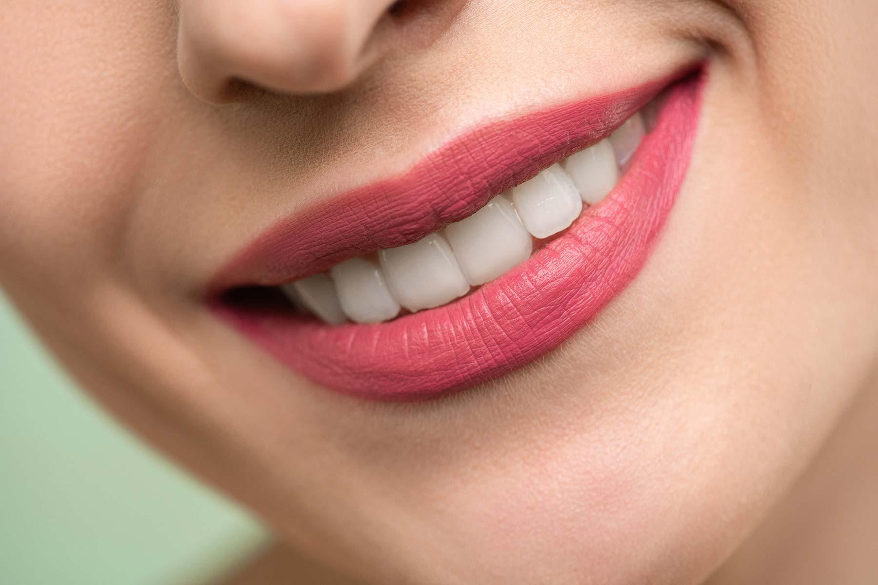 Ästhetische Zahnmedizin, Behandlung von Zahnfehlstellung und Zahnentwicklungsstörungen